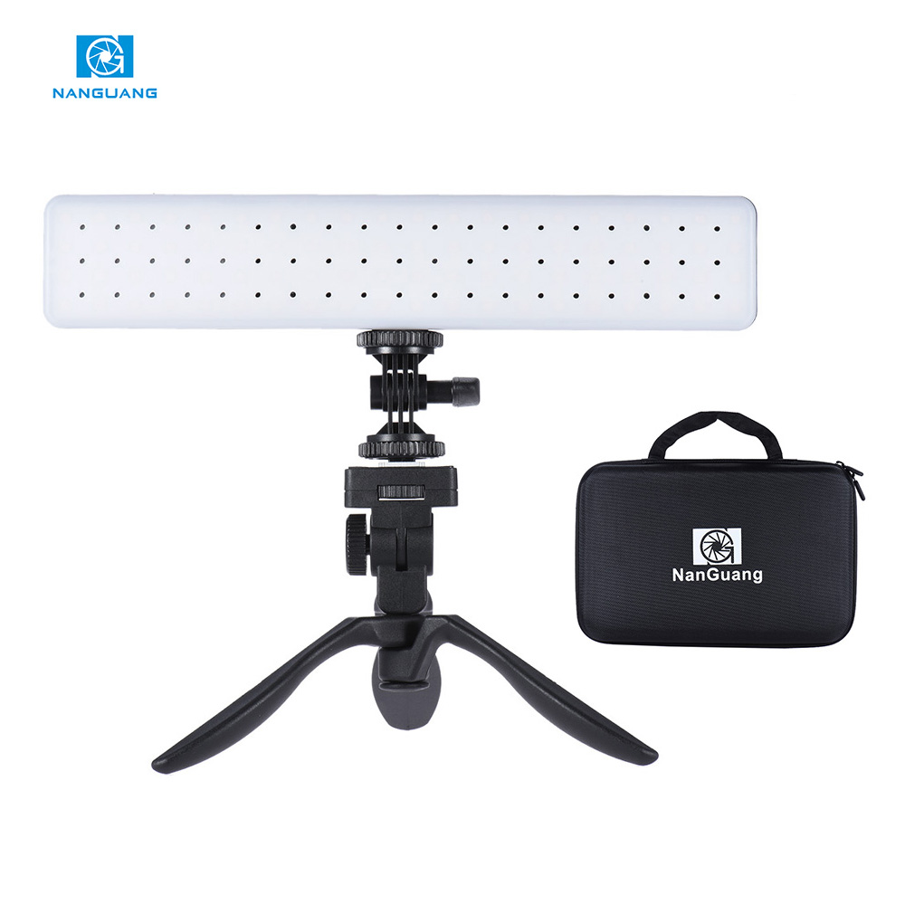 CN-T80C Camera Video Photography LED Light Handheld Car Fill-in Light Adjustable Color Temperature 3200K-5600K for Wedding Party