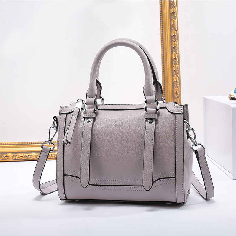 Genuine Leather Women Totes Luxury Designer Handbag Party Purse Ladies Messenger Shoulder Bag Fashion Crossbody bags for womenGenuine Leather Women Totes Luxury Designer Handbag Party Purse Ladies Messenger Shoulder Bag Fashion Crossbody bags for women
