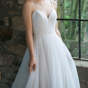 Image 3 - LORIE Boho Wedding Gown Spaghetti Strap A Tulle Long Backless White Beach Wedding Dress Appliques Lace Princess Bride Dress 2019