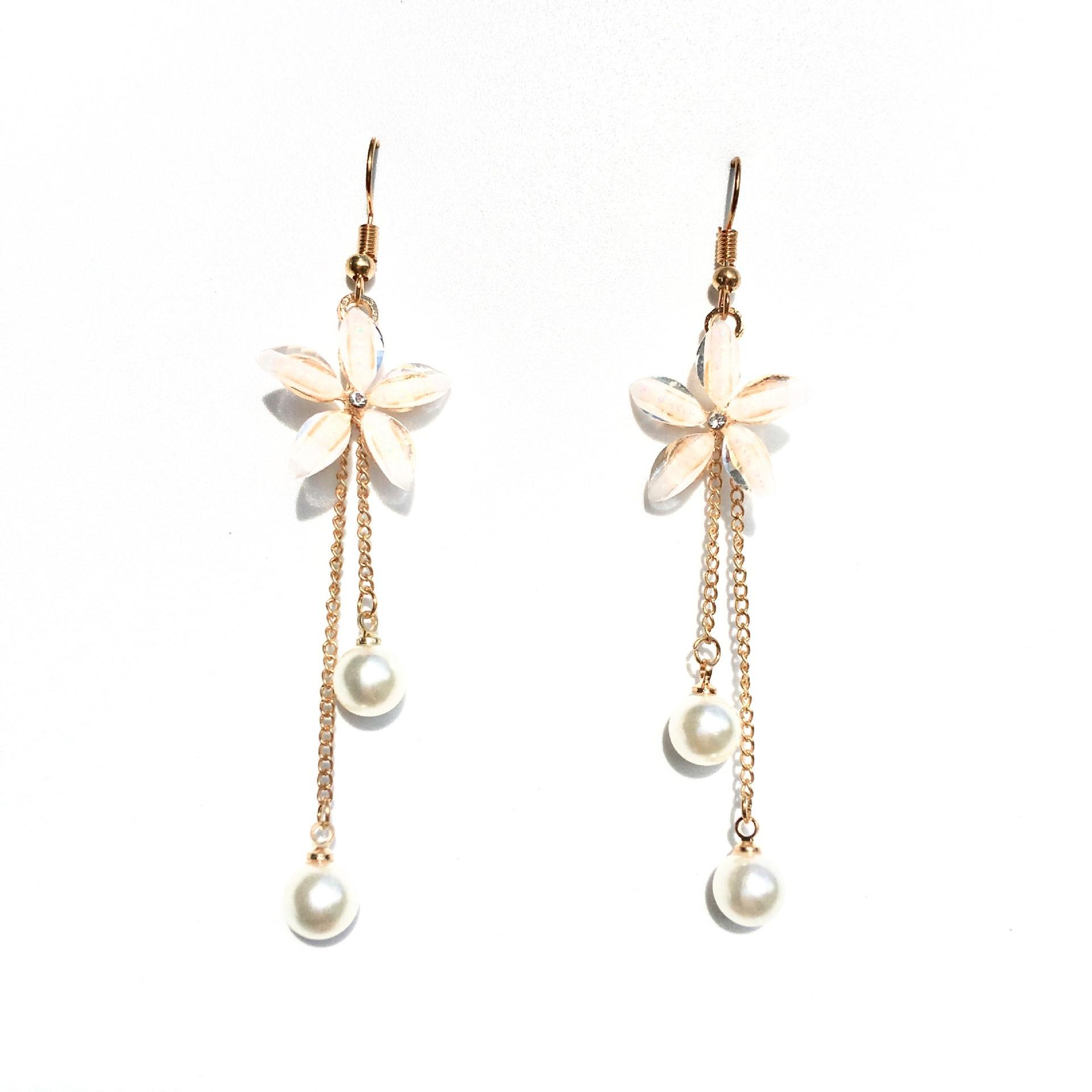 Flower Earrings 2019 Punk Fashion New Earrings Lady Wild Chain Pearl Crystal Flower Earrings Gift Wholesale Ladies Earrings