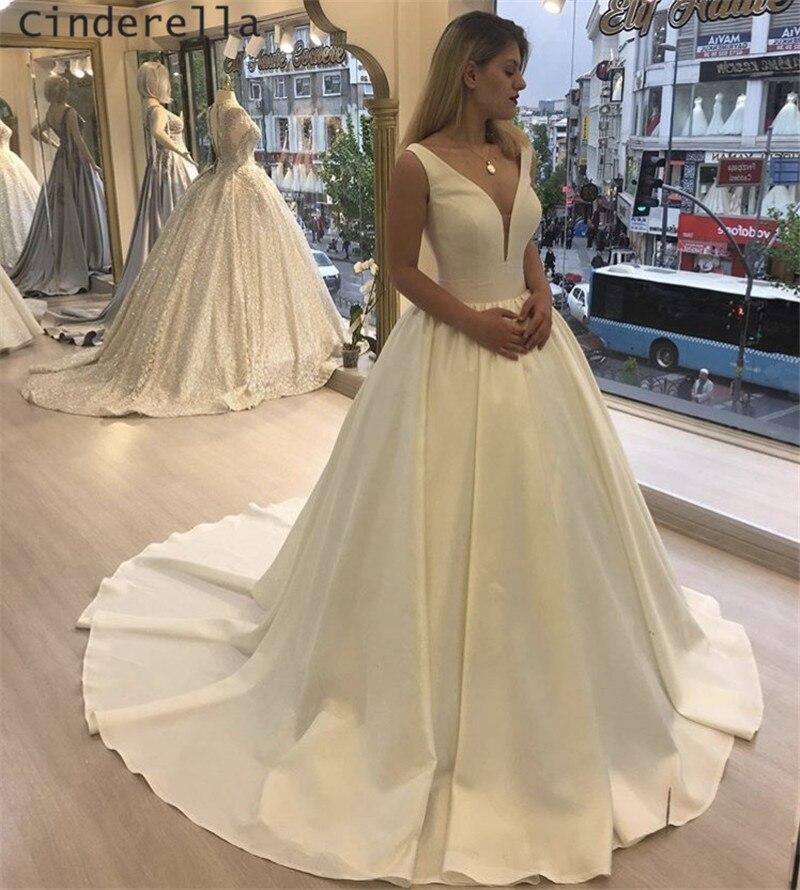 Cinderella Simple Style V-Neck Sleeveless A-Line Floor Length Court Train Satin Lace Up Back Wedding Dresses Vestido De Noiva