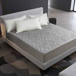 Mecerock cor sólida acolchoado em relevo protetor de colchão impermeável capa de estilo de folha cabida para colchão almofada macia grossa para cama