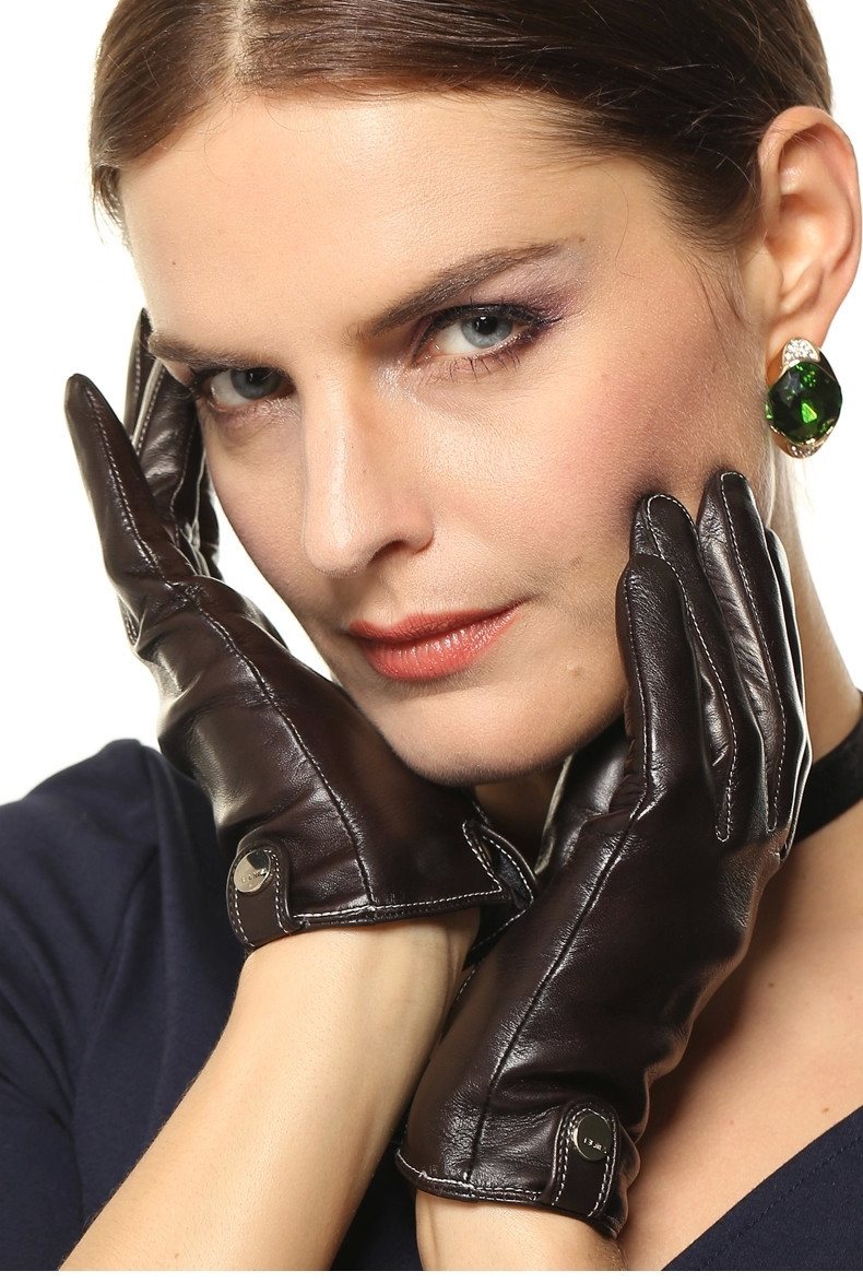 Leather ARCtic Gloves Design 16