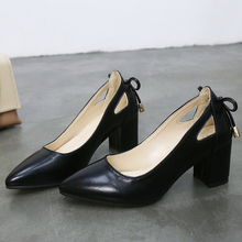 Женские туфли туфли на высоком квадратном каблуке 6 см, 2019 г., Высококачественная однотонная черная кожа, неглубокие Свадебные г., большой размер 44