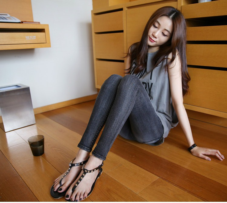 Korean girl foot — pic 3