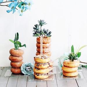 Image 5 - ドーナツ壁スタンド結婚式の装飾 diy ドーナツ表示ベースでベビーシャワーの誕生日パーティーケーキデザートスタンドテーブル装飾