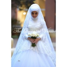 Dubai High Neck Long Sleeves Muslim Wedding Dresses Turkey 2017 Vestidos de Novia Lace Ball Gown Bridal Dresses with Hijab