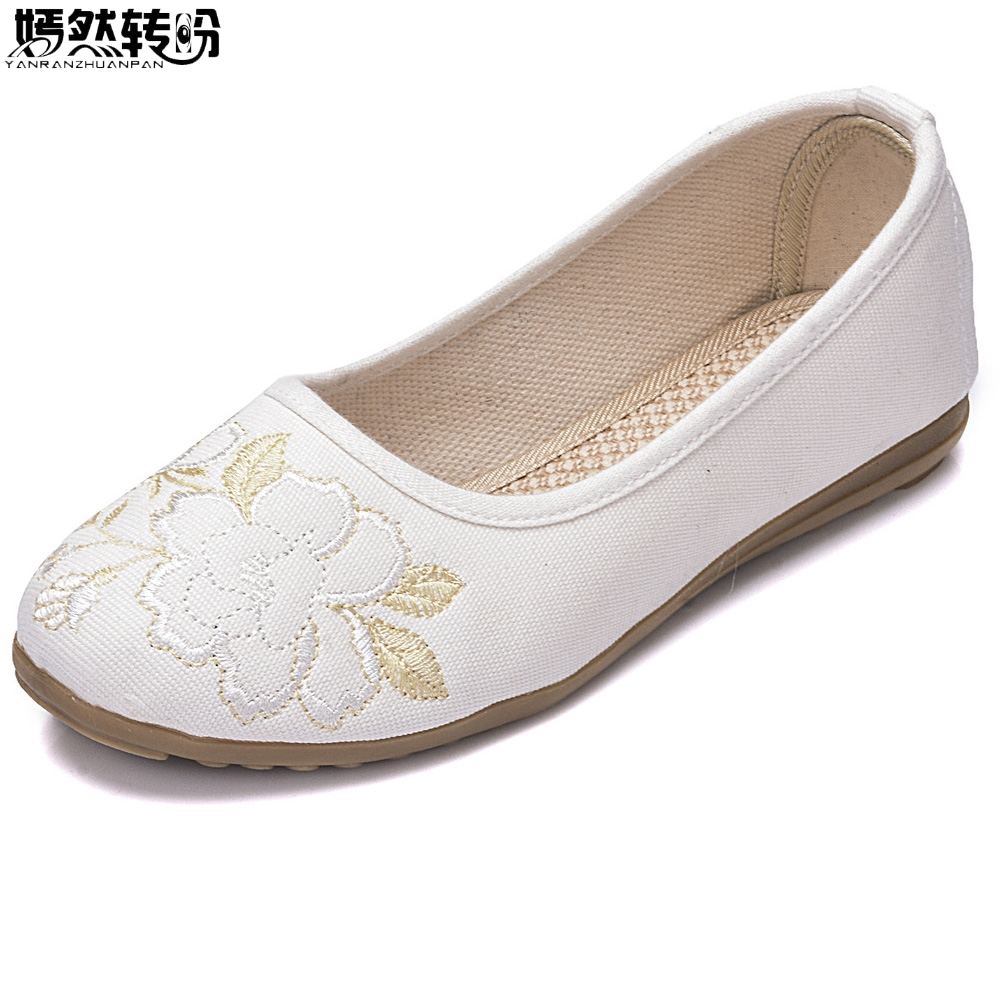 2018 Sping Women Flats Old Peking Retro Flower Embroidery Canvas Linen White Slip On Ballets Shoes Sapato Feminino Size 34-40 vintage embroidery women flats chinese floral canvas embroidered shoes national old beijing cloth single dance soft flats