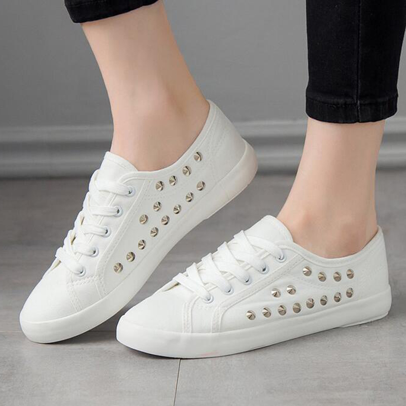 Manresar 2017 New Arrival Unisex Fashion Lace-up Women Zapatos Mujer Lovers Classic Canvas Casual Shoes White Plus Size 35-44