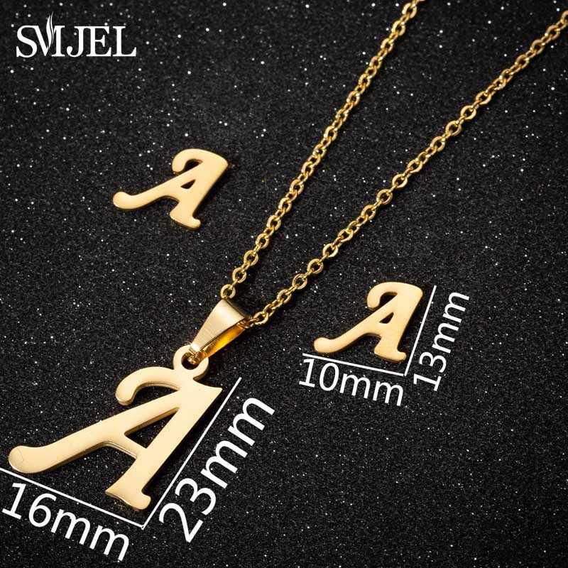 SMJEL Tiny İlk mektubu küpe paslanmaz çelik kişiselleştirilmiş A-Z alfabe saplama küpe günlük takı nedime brincos