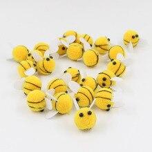 Pompones de felpa suave de abeja amarilla, manualidades, Pompones, Bola de Pelo, suministros de costura para decoración del hogar, 20mm