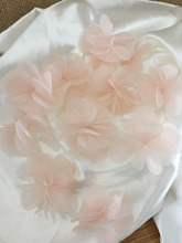 100 pcs/ Lot Handmade Blush Pink 3D lace applique motif, vivid chiffon petal for baby headband, tutu ski