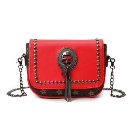 ФОТО Europe Fashion Women Rivet Tassel Messenger Bag Vintage Designer High Quality Printing Chain Bag Ladies Hand Bags Sac A Main