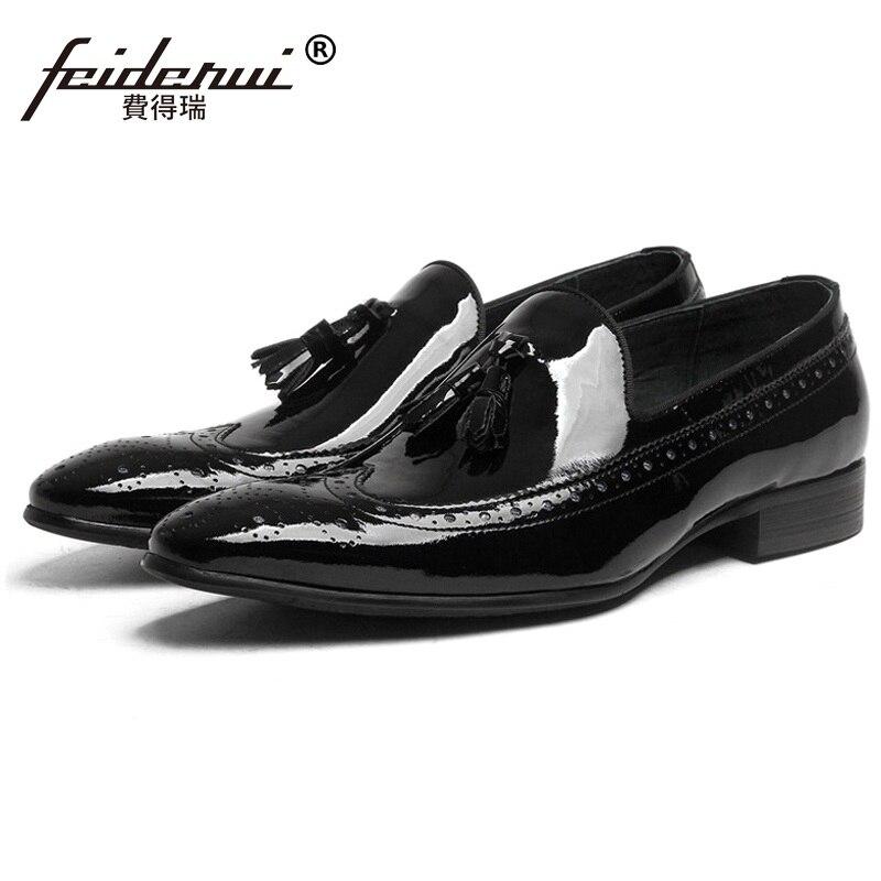 1945aea91a De Leather Sapatos Luxo Homem Casuais Couro Marca Brogue Apontado Britânico  Dedo Masculinos Oxford patent Confortáveis ...