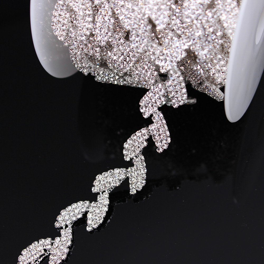 1Yard Silver Crystal Wedding Dress Belt Bridal Cup Chain Trim Leaf Shape Rhinestone Trim Sew On Garments DIY Dress