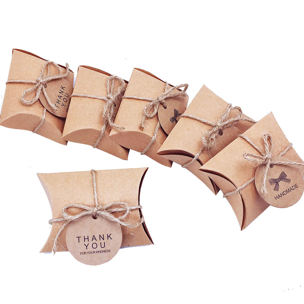 Hot Sale 50pcslot Cute Kraft Paper Pillow Candy Box Wedding Favors