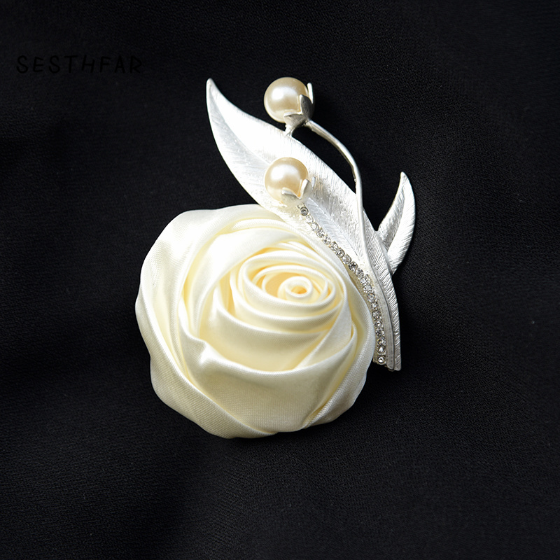 Wedding Boutonniere Buttonhole Grooms Boutonnieres Custom Made Groomsmen Pearl Corsage Satin Rose Lapel Pin