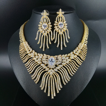 2019 NEW Luxury fashion popular crystal flower golden necklace earrings set bride wedding formal dress banquet party jewelry set цена