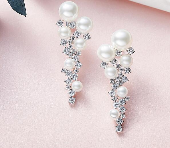 YTF122  925 Silver Woman Ear Nails Simple Engagement Ear Ornaments Embedded with Zircon YTF122  925 Silver Woman Ear Nails Simple Engagement Ear Ornaments Embedded with Zircon
