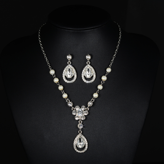 Silver Color Crystal Bridal Jewelry Sets Women Design Sunflower Shape Necklace Earrings Accessories Wedding