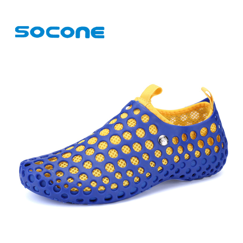 Socone 2019 Outdoor Aqua Walking Breathable Summer Beach Shoes Ladies Comfort Slip On Water Shoes Light and Comfortable Sandal