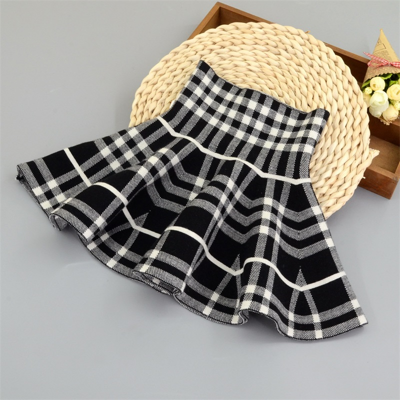 TONGMAO 2019 New Fall and Winter Children 39 s Plaid Skirt Girls Fashion Casual Stripe Knit Skirt Bottoming Tutu Skirts Wild Child in Skirts from Mother amp Kids