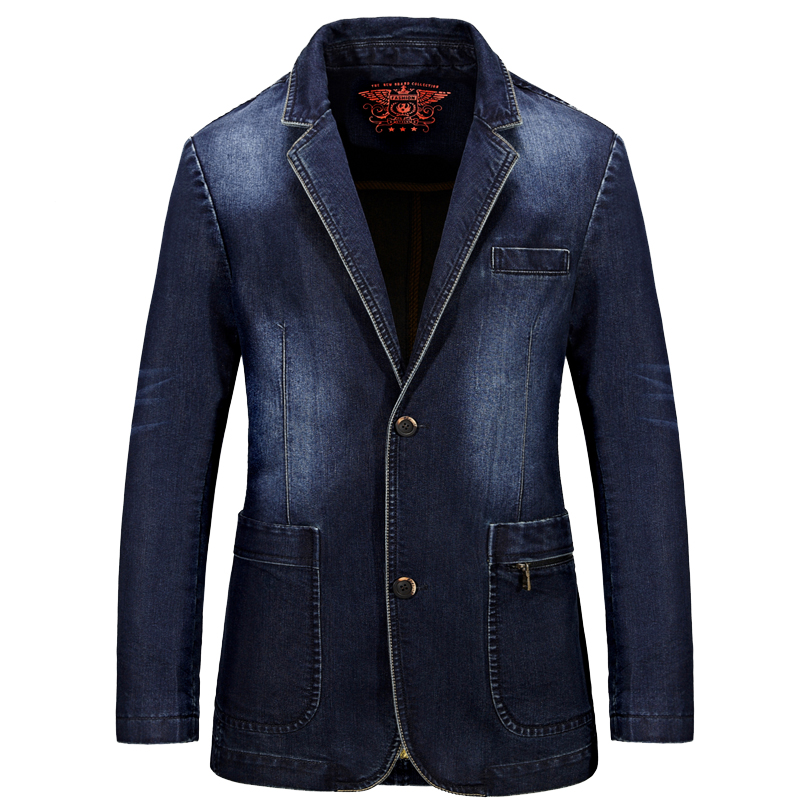 Denim jackets for men aren't just for casualwear. Combine the ease of street style with the clean-cut look of suiting in a Sean John denim blazer. Featuring a combination of tencil and linen fabrics, the denim-like look makes it a versatile piece that can be worn to dress up or dress down an outfit.