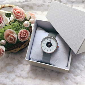 Image 2 - Shengke брендовые роскошные женские часы высокого качества с черным сетчатым ремешком, креативные наручные часы для девочек, ЖЕНСКИЕ НАРЯДНЫЕ часы Reloj Mujer 2017