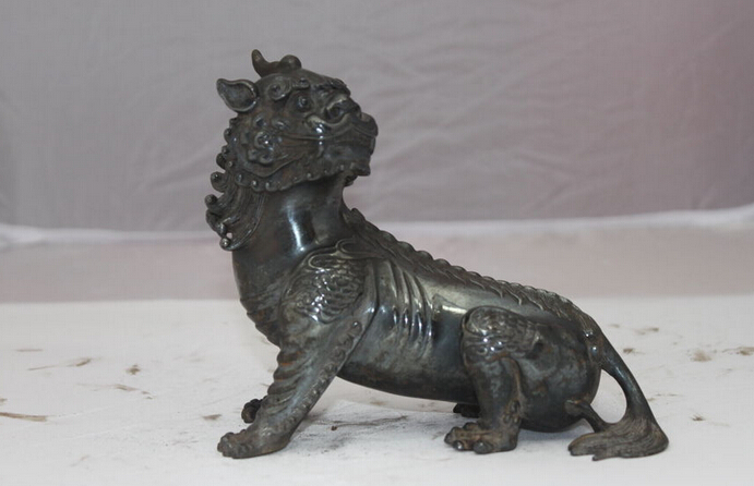 Chinese Dynasty Pure Bronze avoidance Evil Dog Lion beast Palace statue Copper garden decoration