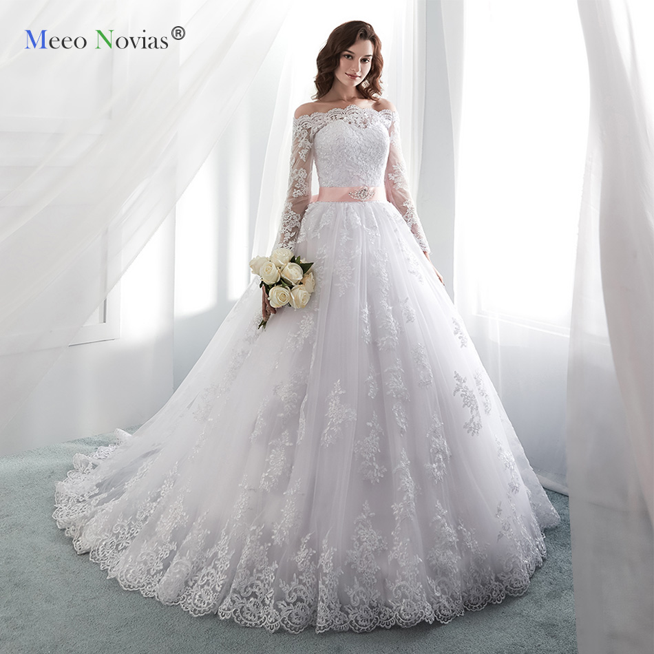 MN819001 White 2019 Vintage Wedding Dresses Long Sleeves Lace Applique Court Train Wedding Gowns Custom Made