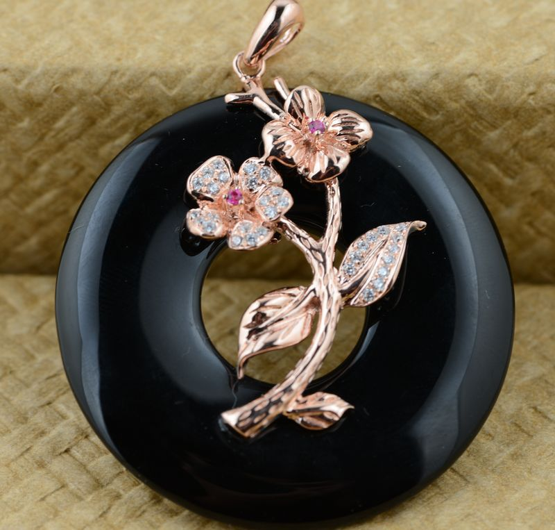 S925 silver inlaid stone female buckle pendant
