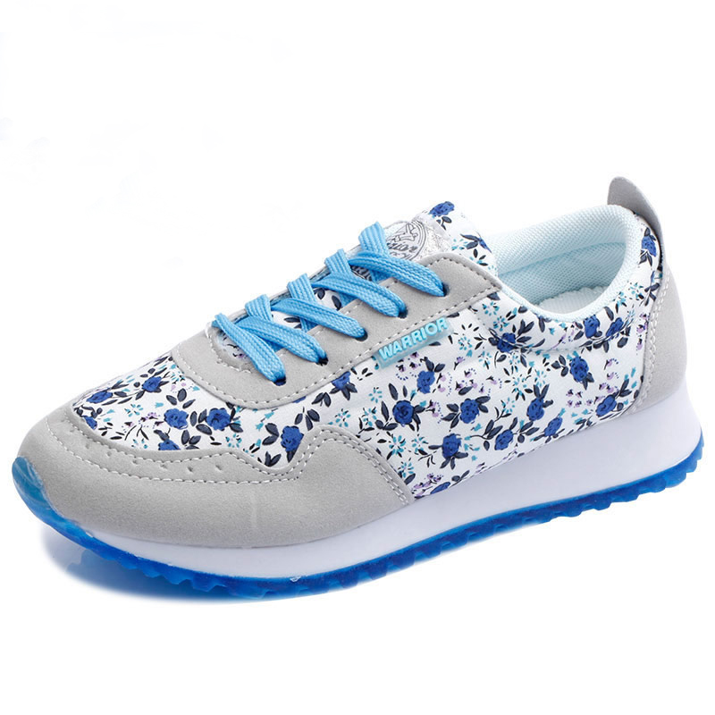 2017 NEW Fashion Women Casual Shoes Cheap Walking Women s Flats Shoes Breathable Zapatillas Increased thick
