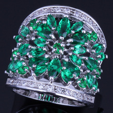 Eye-Catching Huge Green Cubic Zirconia White CZ 925 Sterling Silver Ring For Women V0155 925 sterling silver dragon claw round green cz eye mens biker skull ring 9m202a