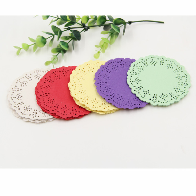 """Sáng tạo thủ công 3,5"""" inch tròn đầy màu sắc giấy doilies ren bánh placemat bên món quà cưới trang trí 100 chiếc/pack"""