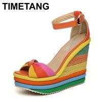 TIMETANG Platformu Sandal 2017 Yaz Bayanlar Ayakkabı Bohemia Gökkuşağı Kalın Sole Sünger Yüksek Topuk Kama Burnu açık Kadın Sandalet