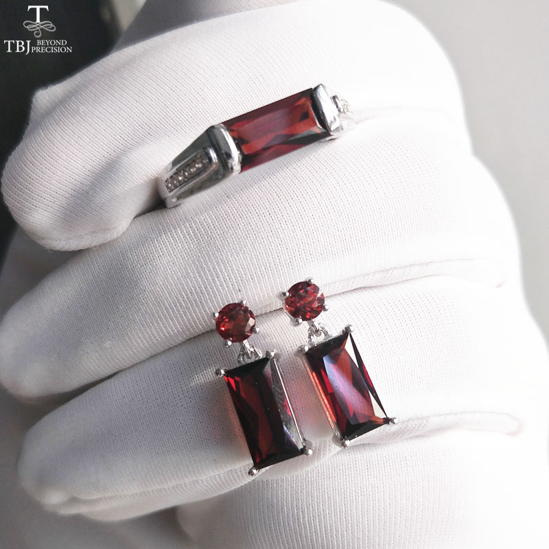 TBJ 100 Natural Mozambique Red Garnet gemstone Jewelry set Ring and earring in 925 sterling silver