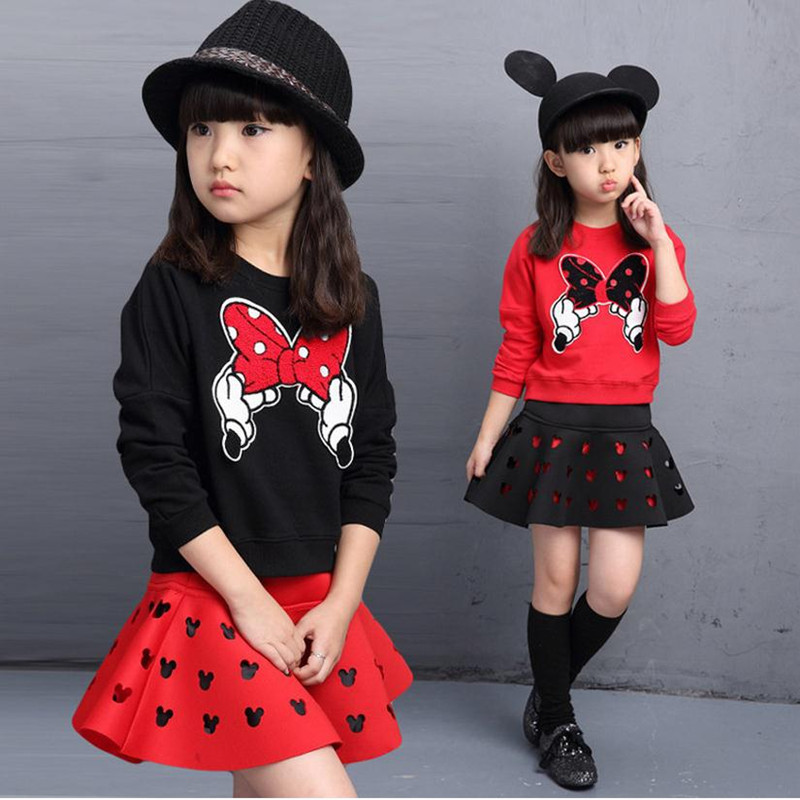 2018 latest spring and autumn piece fitted girls, cartoon bow embroidered sweater hollow horn + skirt suit 3-8 year-old girl set