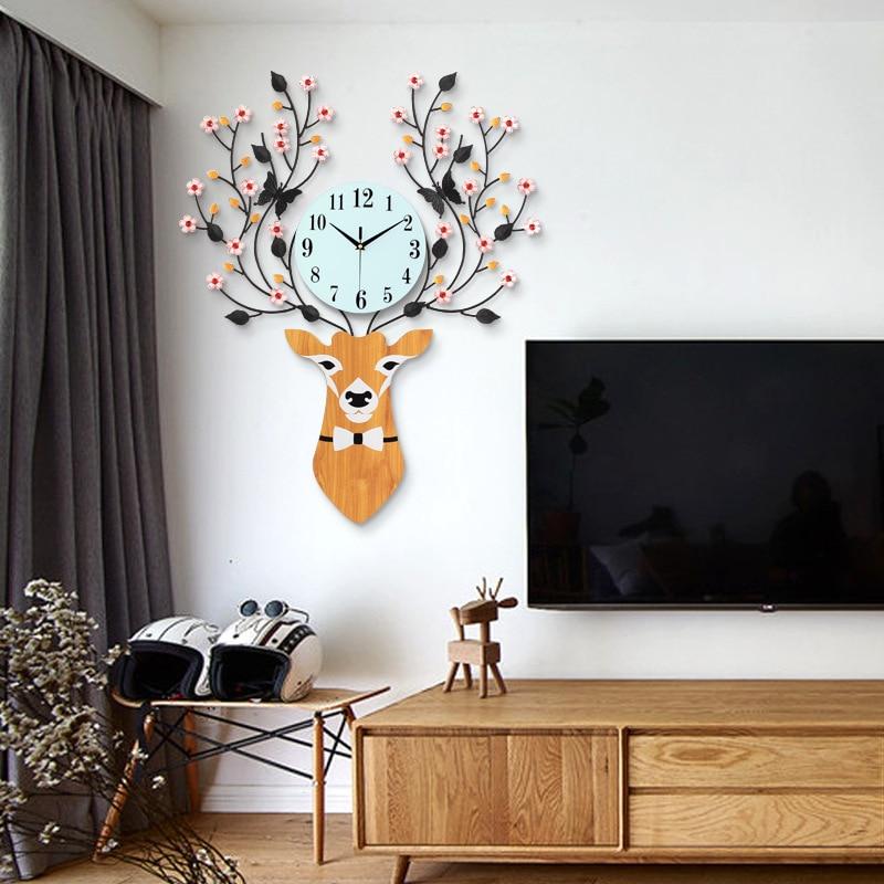 European Minimalist Deer Head Creative Wall Clock Living Room Mute Clock Modern Home Clock Fashion Decorative Quartz Clock Heat