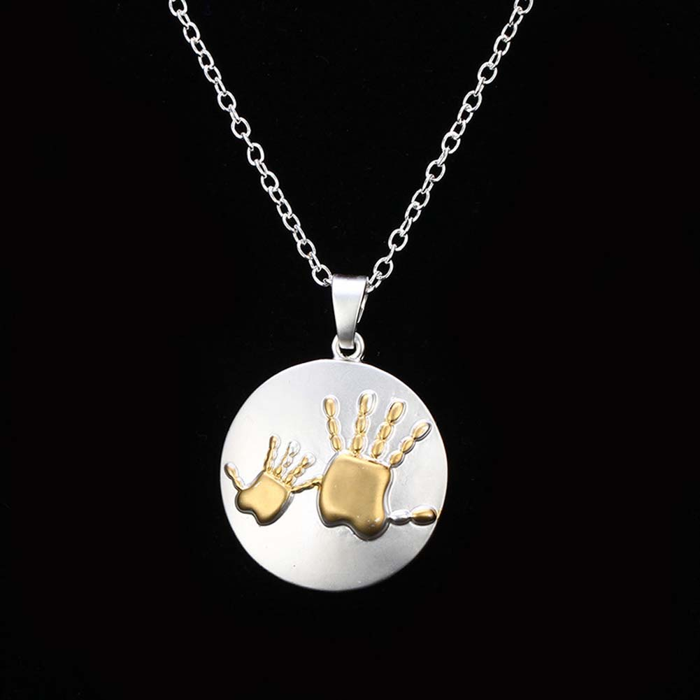 1pcs Fashion Hot-Selling Two Hand Prints Necklace Heart Chars
