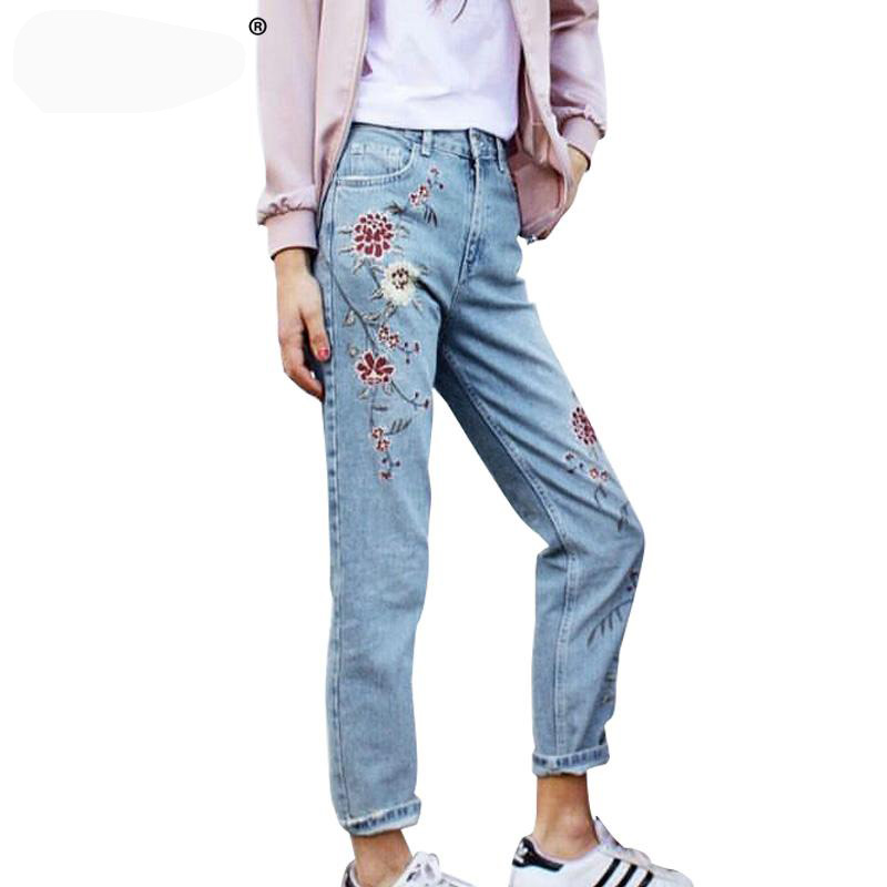 ФОТО Flower embroidery jeans female Light blue casual pants capris 2017 spring autumn Pockets straight jeans women bottom