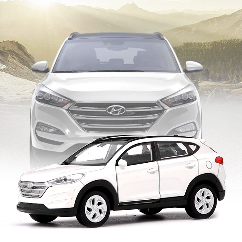 1:36 Scale Alloy Pull Back Car Model,High Imitation Hyundai Tucson,diecasts Metal Model Children's Gift,free Shipping