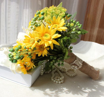 Yellow sunflowers Buquet de noiva Bouquets For Brides Brooch Wedding Outside Wedding Artificial Wedding flowers Home decoration