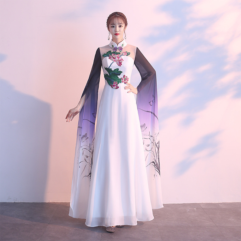 Sexy Embroidery Chinese Traditional Female Cheongsam Dress Vestidos Chinos Oriental Elegant Flower Wedding Gowns Party Dresses