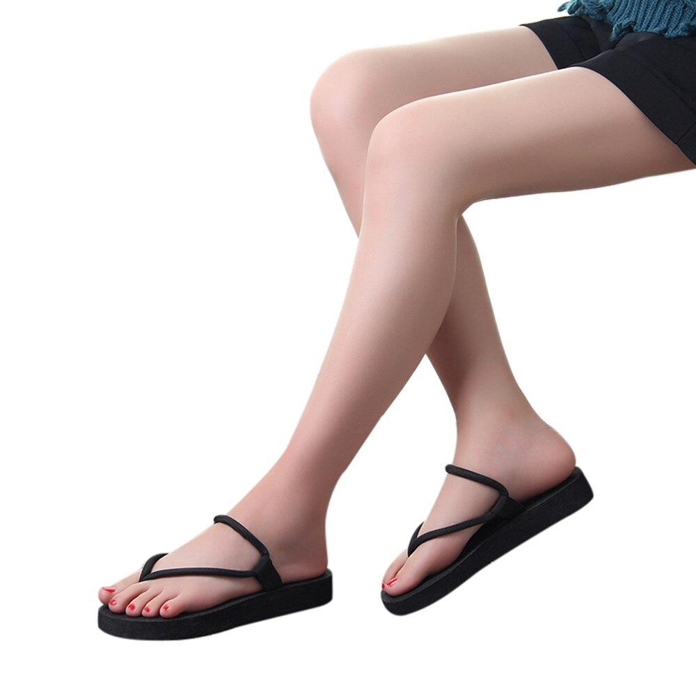 купить 2018 summer fashion soft bottom leisure sandals flip flops women's outdoor beach slippers Flat Flip flops недорого