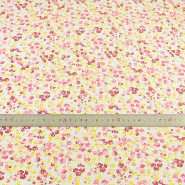 Czerwone kwiaty i żółty liście wzory wiadomości tkaniny bawełniane Tecido dekoracji szycia Telas tkanina tekstylna Patchwork Fat Quarter CM