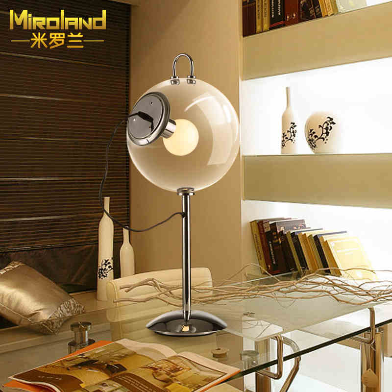 2016 new Modern fashion creative simple personality transparent glass table lamp living room lighting
