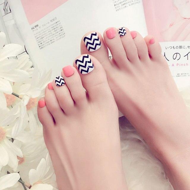 Fashion Design 24pcs White Pink French Toe Nail with Black Wave ...