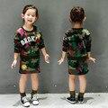 Crianças Graças Roupa Criança Conjuntos de Roupas Meninas Moda Manga Longa Carta Camouflage Impressão Pullover Conjunto Saia 2-7Years