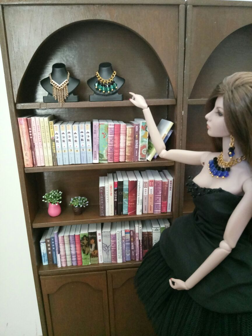 Black Jewelry Display Neckform For Dolls, Necklace Stand Body Display Rack. Necklace Holder For Doll BBI00519