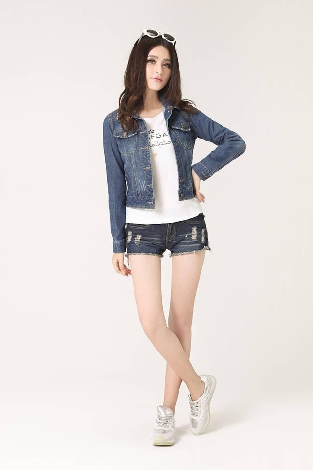 Plus Size Spring Autumn Long Sleeve Fashion Denim Jacket Women Jeans Jacket  Female Oversized Denim Coat Clothing 3XL 4XL E0481 90782770cd89